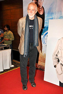 Tom Alter at Dev Anand's birthday celebrations.jpg