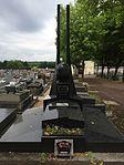 Tombe de Henri Robida au cimetière de Ris-Orangis.jpg
