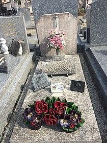 Tombe de Lucien Agnel - Miribel.jpg