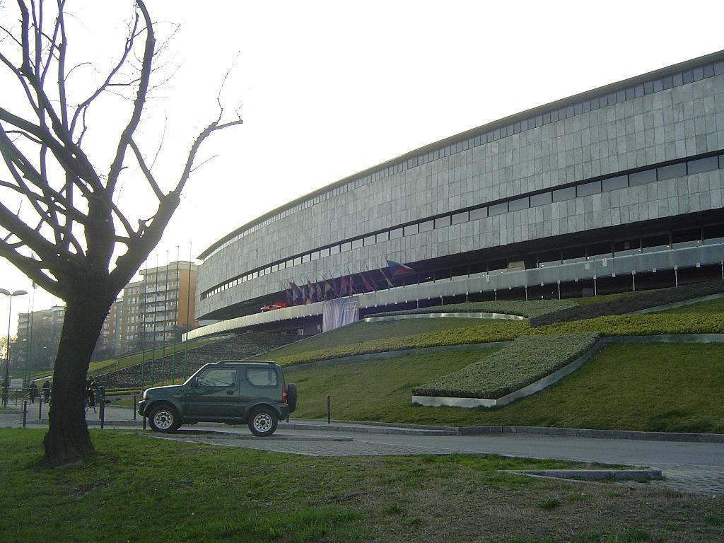 File torino museo dell 39 automobile visto da corso unione for Corso arredatore d interni torino