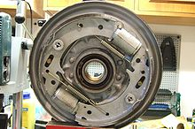 Ремонт тормозного механизма передних колес а/м Тойота Виста 83 - 95 г. в.