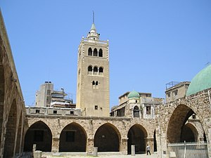 Mansouri Great Mosque - Courtyard and minaret of the Mansouri Great Mosque