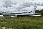 Tupolev Tu-104AK '46 red' (27806271349).jpg