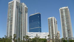 Turnberry-Place-May-21-2010.JPG