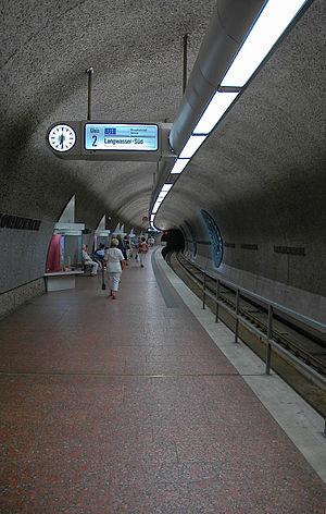 Lorenzkirche (Nuremberg U-Bahn) - Image: U Bahnhof Lorenzkirche