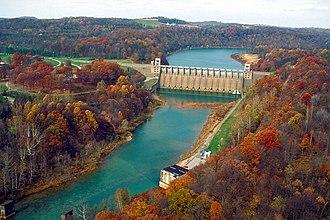 Conemaugh River - Conemaugh River Lake Dam at low water