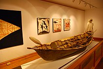 Umiak Anchorage Museum George Chacon 26 May 2007.JPG