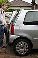 VW Lupo 3L Tailgate vs Std.jpg