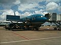 Vietnam Airlines loading supplies TSN.JPG