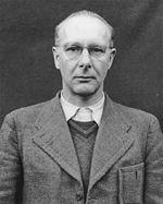 photographie en noir et blanc de Viktor Brack lors de son procès