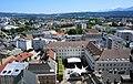 Villach Innere Stadt Rathausplatz, Draulände und Peraukirche.jpg
