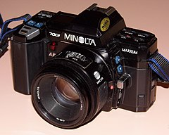 Vintage Minolta Maxxum 7000 35mm Autofocus SLR Film Camera, Made In Japan, Circa 1985 - 1988 (13476756855).jpg