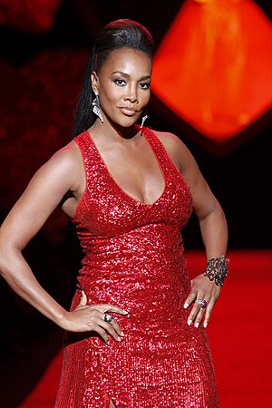 Vivica A. Fox - Fox at The Heart Truth in 2009
