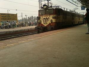Samalkota - WAM 4 series loco at Samarlakota Junction