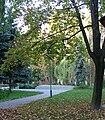 Warsaw Barska street hospital park 1.JPG