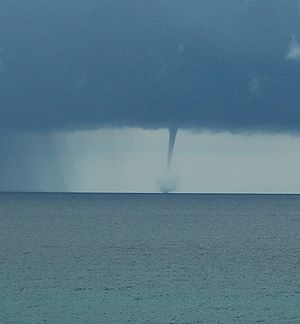 tn_waterspout