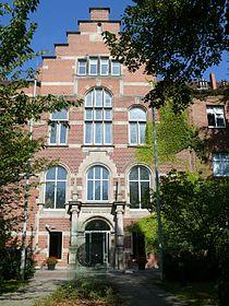 Wedding Nordufer Robert Koch Institut-1.jpg
