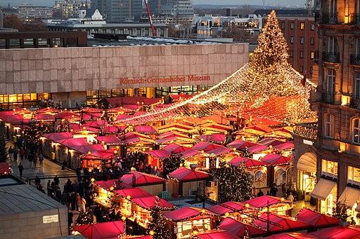 Weihnachtsmarkt Dom 2011 1