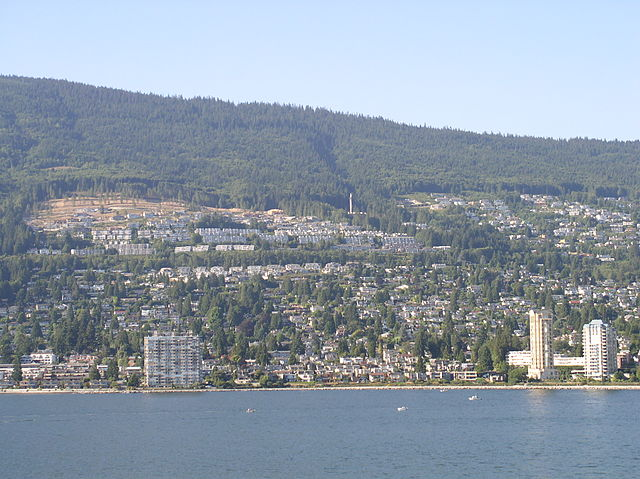 West Vancouver By Andrew (Tawker) (Own work) [GFDL (https://www.gnu.org/copyleft/fdl.html), CC-BY-SA-3.0 (https://creativecommons.org/licenses/by-sa/3.0/) or CC BY 2.5 (https://creativecommons.org/licenses/by/2.5)], via Wikimedia Commons