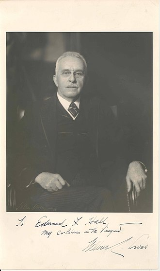 Wilbur Lucius Cross - Image: Wilbur L Cross sitting in chair