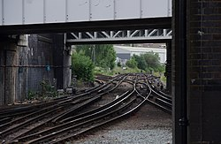Willesden Junction station MMB 49.jpg