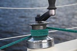 Winch (sailing) 01.jpg