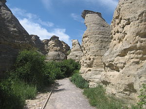 Writing-on-Stone Provincial Park - A path winds through hoodoos in the park