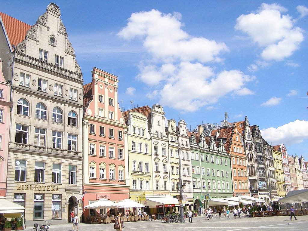 Place centrale ou Rynek de Wroclaw en Pologne - Photo de Andrzej Otrębski