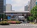 Yurikamome Shimbashi Station (2019-05-04) 03.jpg