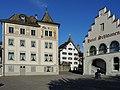 'Curtiplatz' in Rapperswil mit dem 'Curti-Haus', dem 'Haus Schlossberg' und dem Hotel 'Schwanen', Ansicht vom Hafen 2012-10-30 14-31-20 (P7700) ShiftN.jpg