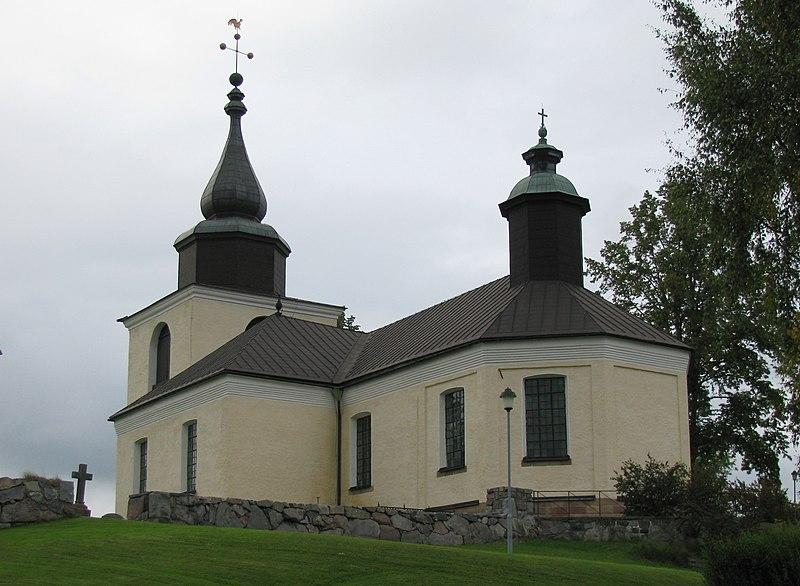 Östra Ryds kyrka.jpg