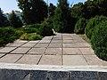 Група могил воїнів в центрі Борзни 03.jpg