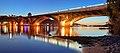 Міст Метро після заходу сонця.jpg