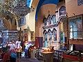 Паломники в русском монастыре Святой Троицы в Хевроне - panoramio.jpg