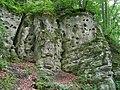 Скеля з трьома печерами.Ілів .Фото.jpg
