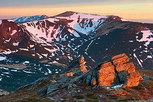 """Скелі на горі """"Вухатий Камінь"""".jpg"""