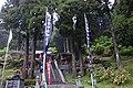 山麓にある脊振神社.jpg