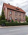 """-35 Rottenbach,Rudolstädter Straße 2 Ehem. Eisenbahnerwohnhaus mit Abortgebäude-Bestandteil der Sachgesamtheit """"Eisenbahnstrecke Oberweißbacher Berg- und Schwarzatalbahn"""".jpg"""
