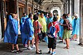 0 Venise, touristes sous les arcades de la Fabbriche Vecchie (4).JPG