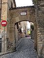 111 Pedralbes, portal sud del recinte.jpg