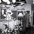1957 Opening zaak Jan de Rapper te Sneek.jpg