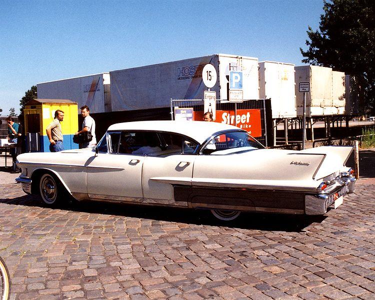 750px-1958_Cadillac_1994.jpg