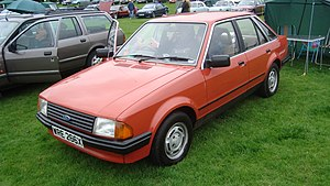 1982 Ford Escort 1.3 GL (18649123840).jpg