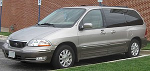 2001-2003 Ford Windstar photographed in Colleg...