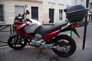 Honda XL125V Varadero