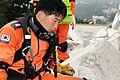 2010년 중앙119구조단 아이티 지진 국제출동100119 몬타나호텔 수색활동 (592).jpg