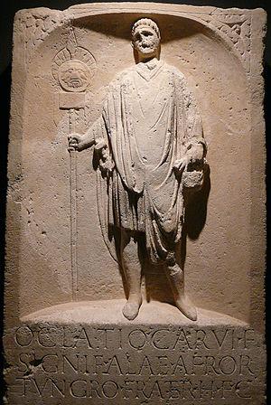 Signifer - Gravestone for the signifer Oclatius.