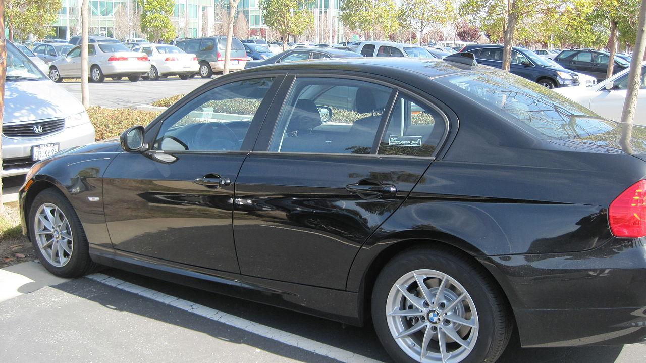 File 2010 black BMW 328i side JPGBlack Bmw