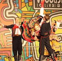 2013 Woodstock 065 Pieśni i Tańca Mazowsze.jpg