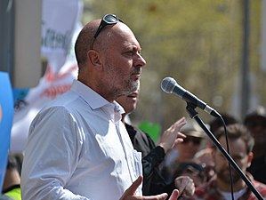 Tim Flannery - Tim Flannery speaking at the Peoples Climate March in Melbourne, September 2014